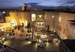 KASR-I NEHROZ , hotel, sistemazione alberghiera