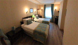 HOTEL BULVAR PALAS,