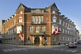FIRST HOTEL GRAND , hotel, sistemazione alberghiera