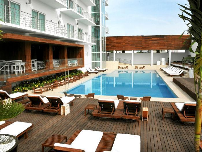 HOTEL EMPORIO,