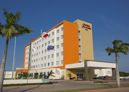 HAMPTON INN & SUITES BY HILTON,