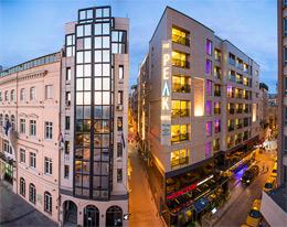 THE PEAK HOTEL,