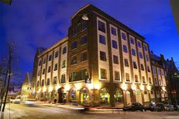 FIRST HOTEL MARIN,
