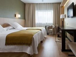 NH RIBERA DEL MANZANARES , hotel, sistemazione alberghiera