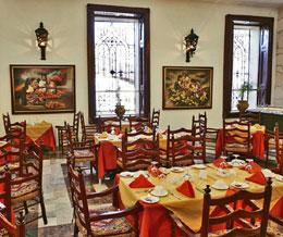 EL CASTELLANO , hotel, sistemazione alberghiera