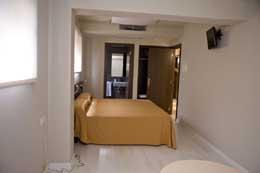 PENSION-RESTAURANTE O RETIRO , hotel, sistemazione alberghiera