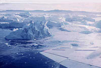 SVALBARD, L'Isfjorden in inverno, alle svalbard. Veduta aerea