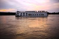 THAILANDIA, BIRMANIA, FIUME IRRAWADDY, IN BIRMANIA